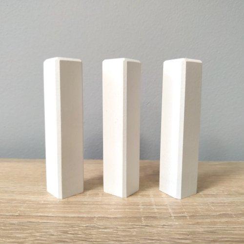 Narożniki do listew (wym. 18x18x103mm)